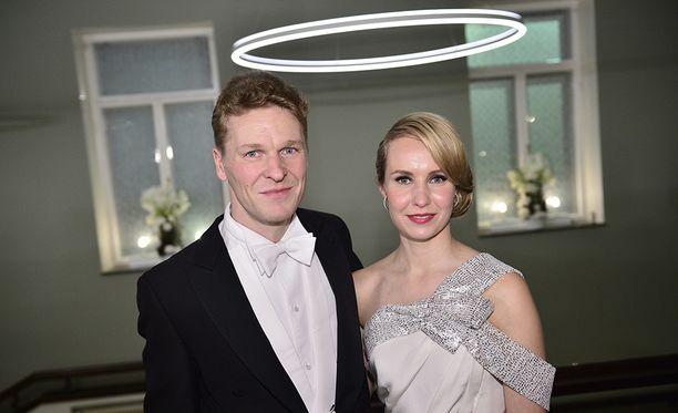 Toni ja Heidi Nieminen edustivat yhdessä Linnan juhlissa 2015.