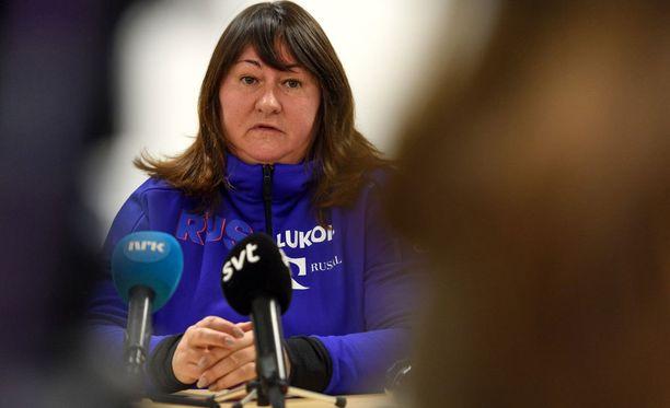 Jelena Välben johtama Venäjän hiihtoliitto joutuu yhä selvittelemään takavuosien tapahtumia.
