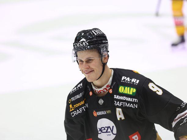 Jesse Puljujärvi lähtee Edmonton Oilersiin heti, kun NHL-kausi polkaistaan käyntiin.