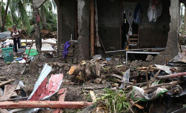 Haitissa ainakin 264 uskotaan kuolleen hirmumyrsky Matthew'n seurauksena, maan viranomaiset kertovat.