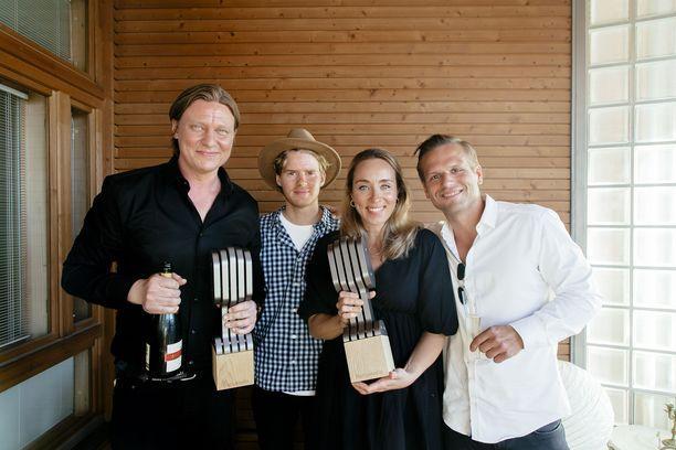Radio Suomipopin Jaajo Linnonmaa ja Aamulypsy voittivat vuoden radiojuontaja ja radio-ohjelman palkinnot.