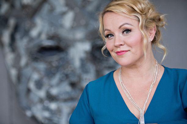 Heidi Pakarinen on valittiin tangokuningatteriksi vuonna 2013.