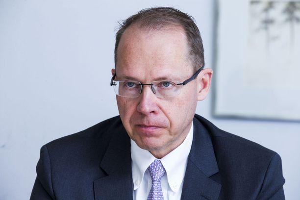 Posti Groupin toimitusjohtaja Heikki Malinen osallistuu säästötalkoisiin luopumalla kahden kuukauden palkastaan.