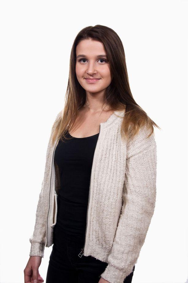 Vera Forsberg pääsi jatkoon The Voice of Finlandissa.