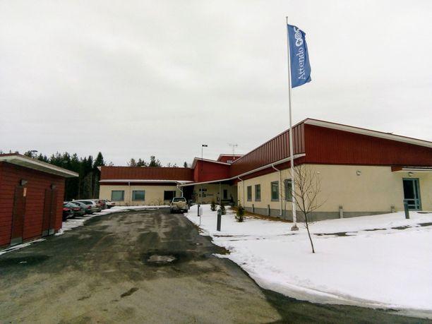 Kahdeksan iäkästä hoivakoti Kallionsydämen asukasta on kuollut koronavirukseen Kiuruvedellä.