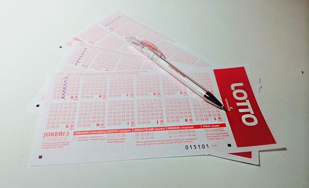 Lottokupongin kolmas pystysarake on Suomen suosituin rivi.