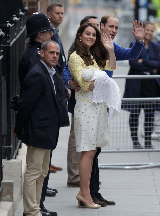Catherinen ja prinssi Williamin tytär sijoittuu kruununperimysjärjestyksessä neljänneksi.