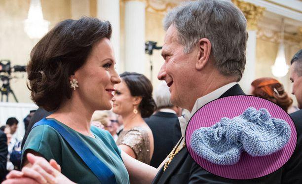 Presidentti Sauli Niinistö ja rouva Jenni Haukio ovat saaneet runsaasti onnitteluja perheenlisäyksestä. Aaro-poika on saanut useita itse tehtyjä töppösiä. Kuvituskuva.