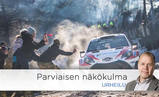 Jari-Matti Latvala hallitsi vaikeat olosuhteet, mutta katsojien käyttäytyminen oli ajoittain täysin typerää. Kohtalokkain hölmöily johti kisan avauspäivänä katsojan kuolemaan.