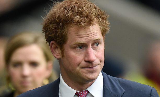 Prinssi Harry joutui palaamaan Australiaan velvollisuuksiensa takia.