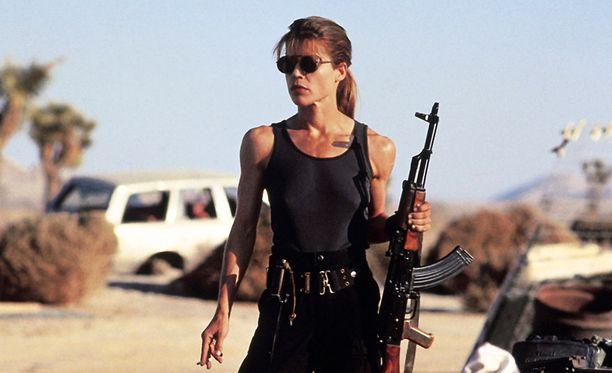 Linda Hamilton muistetaan parhaiten roolistaan Sarah Connorina Terminator-elokuvissa.