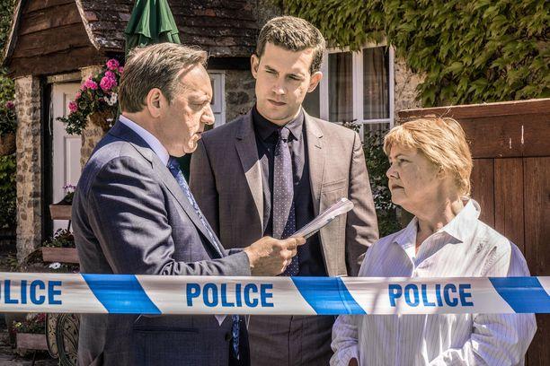 Ylikomisario John Barnaby ja ylikonstaapeli Jamie Winter saavat uusissa jaksoissa uuden kollegan: Fleur Perkinsin.