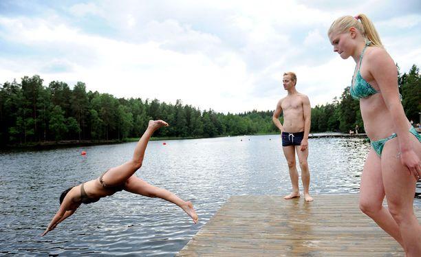 Syken mukaan järvivedet olivat kesäkuussa selvästi ajankohdan keskiarvoa viileämpiä. Arkistokuva.