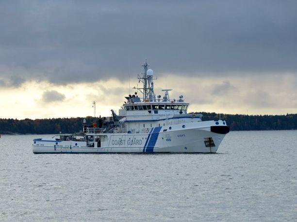 Meripelastuskeskus Turku on hälyttänyt alueelle vartiolaiva Uiskon.