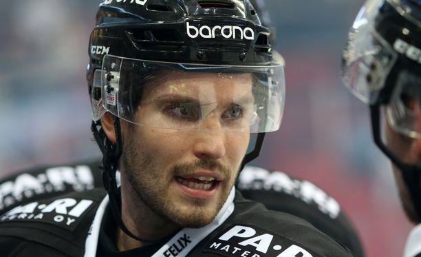 Oula Palve teki kolme maalia.