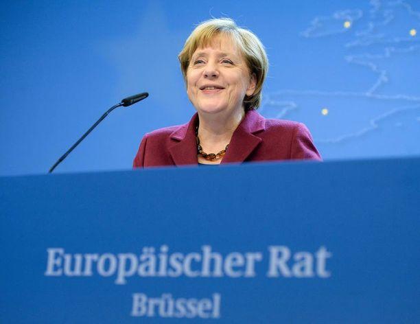 Angela Merkel jatkaa neuvotteluja Ankarassa.