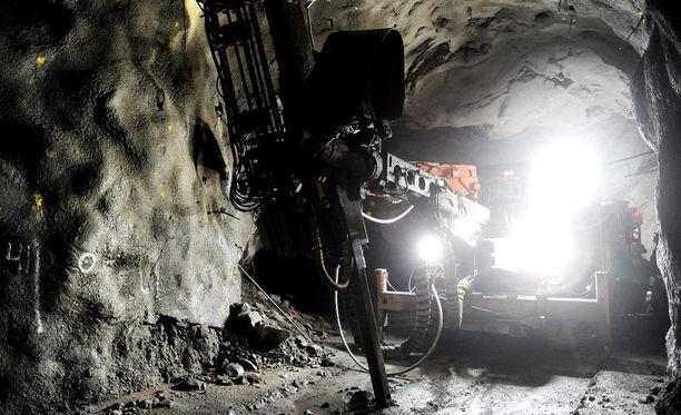 Suomen kansainvälisesti verraten yritysmyönteisellä kaivosveropolitiikalla ei ole raportin mukaan onnistuttu saavuttamaan tavoiteltuja taloudellisia hyötyjä yhteiskunnalle.