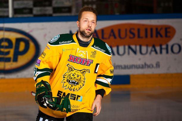 Arto Laatikainen on kautta aikain 12:nneksi eniten SM-liigaotteluita tahkonut pelaaja.