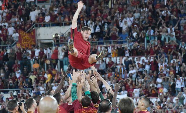 Francesco Totti jää maailman jalkapallohistoriaan.