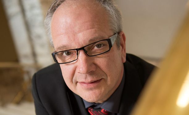 """Kansanedustaja Kaj Turunen (ps) on kertonut sairastuneensa """"vitutukseen"""" kotikaupunkinsa opettajainkoulutuslaitoksen lopettamisen vuoksi."""