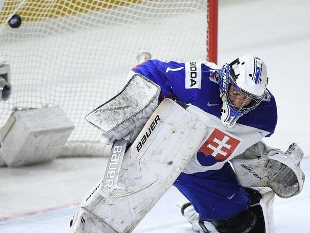 190-senttinen Patrik Rybar pelaa ensi kaudella Oulussa.