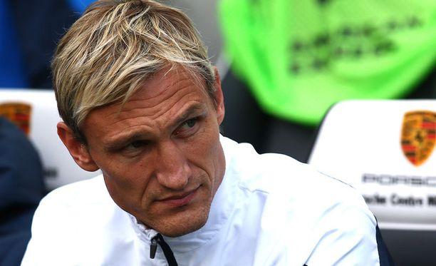 Sami Hyypiän urakka Brightonissa päättyi lyhyeen.