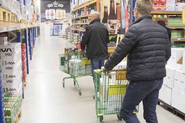 Viron veronkorotusten vuoksi olut on Virossa paikoin jo yhtä kallista kuin Suomessa.