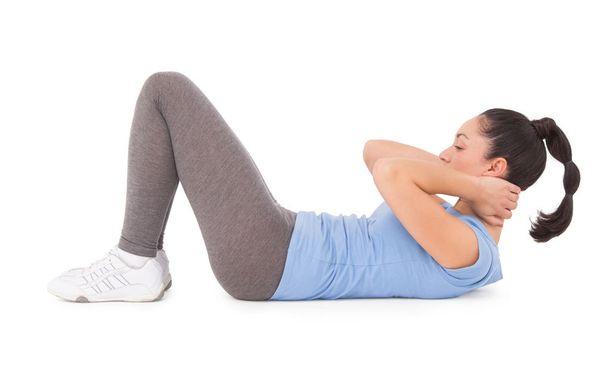 Perinteiset vatsarutistukset voivat aiheuttaa muun muassa selkäongelmia.