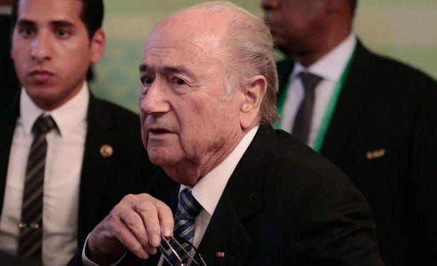 Sepp Blatter haluaa jatkaa Fifan puheenjohtajana.