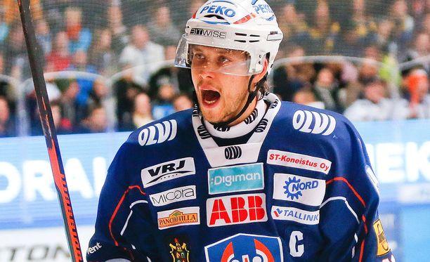 Kapteeni Jukka Peltola edustaa Tapparassa pysyvyyttä.