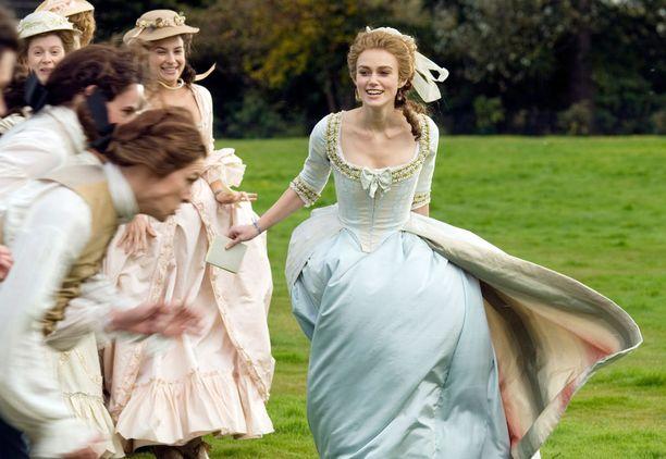 Elokuvassa herttuatarta näyttelee Keira Knigthley.
