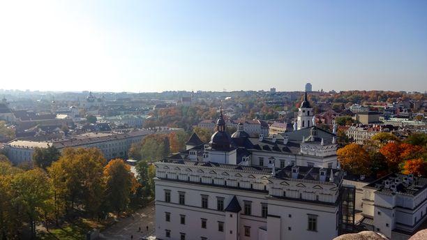 Vilnaan lentää Helsingistä alle kahdessa tunnissa.