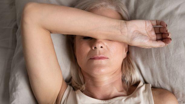 Uniongelmat ovat yleisiä. Unettomuus on tavallisempaa naisilla ja iäkkäillä.