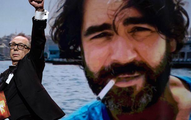 Deniz Yucel pääsi vapaaksi.