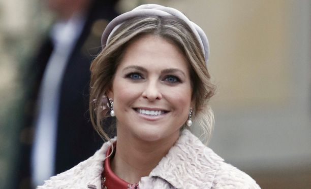 Prinsessa Madeleine kasvattaa lapsistaan hevoshulluja.