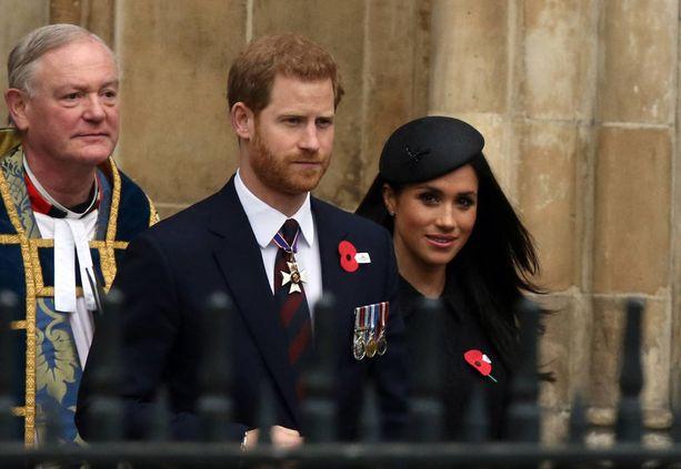 Näyttelijänä uraa luonut Meghan Markle ja prinssi Harry saavat toisensa lauantaina Windsorissa.