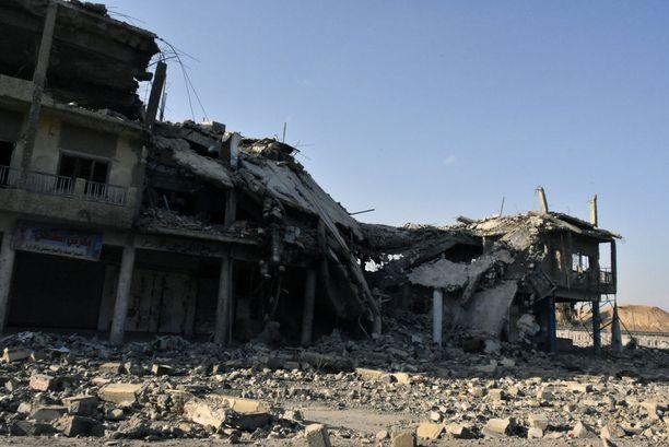 Itä-Mosulissa on enemmän tuhoutuneita kuin ehjiä rakennuksia.