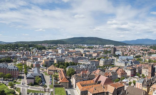 Belfortissa Ranskassa tehtiin vuonna 2003 ryöstö, jonka tekijöiden epäillään löytyneen Serbiasta.