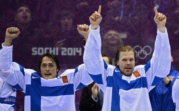Teemu Selänne ja Olli Jokinen olivat vielä vuosikymmenen alussa NHL:ssä sekä muun muassa Sotshin olympialaisissa (kuva) sillä tasolla, että paikka tähdistössä on selvä.