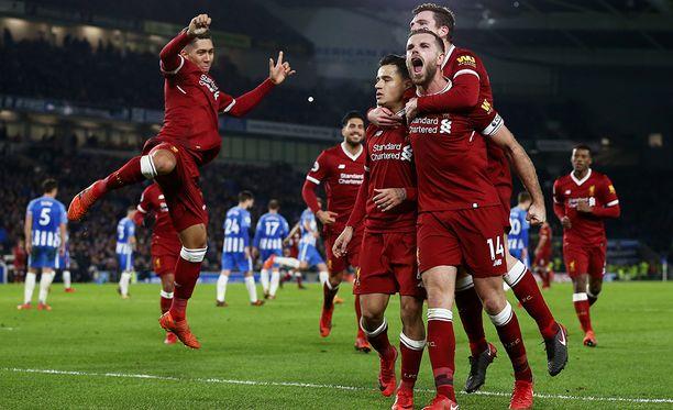 Liverpool pieksi Brightonin vieraissa maalein 5-1.