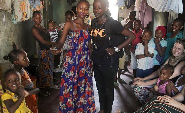 Duara Travelsin kyläkohde Afrikassa.