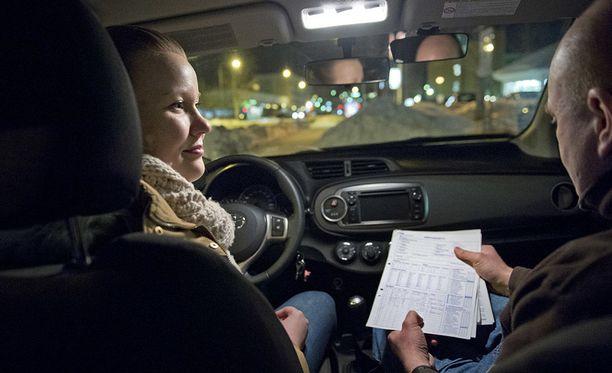 Nuoret ovat mainettaan parempia autoilijoita. IL arkistokuva.