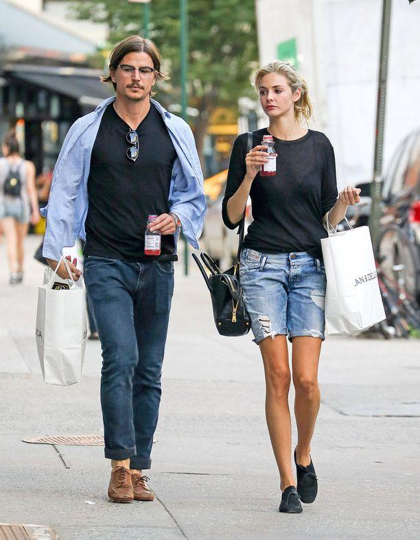 Josh ja Tamsin tapasivat vuonna 2011. Pariskunta kuvattuna New Yorkissa elokuussa 2014.