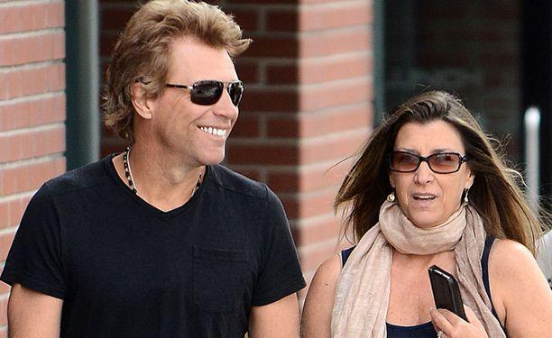 Jon Bon Jovi ja hänen vaimonsa Dorothea Hurley.