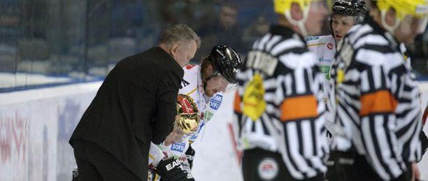 Kärppien kultakypärä Pavel Rosa toipui nopeasti Espoossa.
