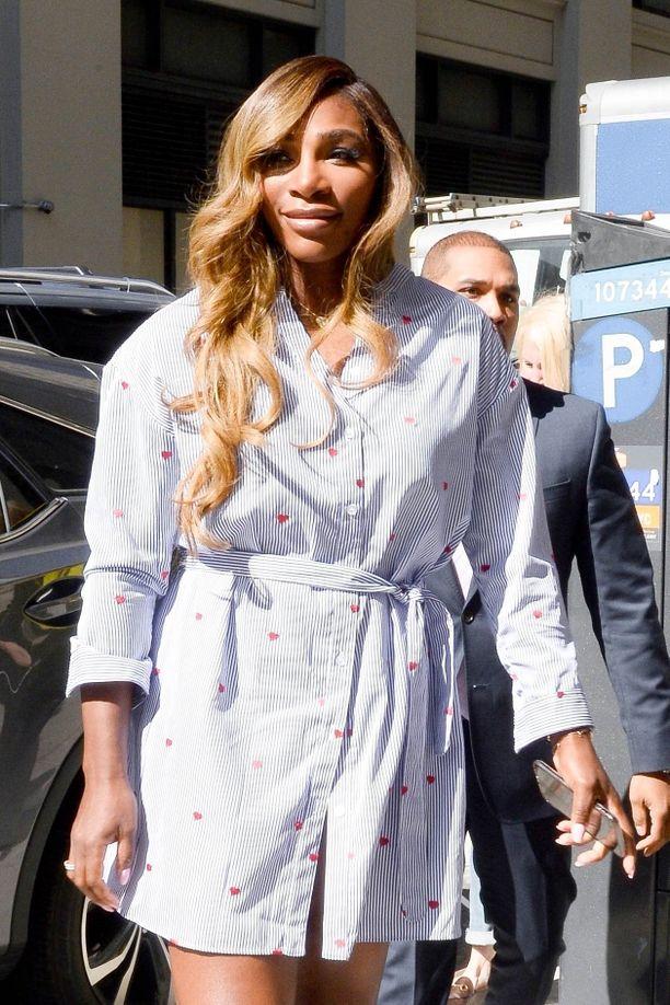 Serena Williamsin kerrotaan myös maksaneen suurimman osan vauvajuhlien kustannuksista.