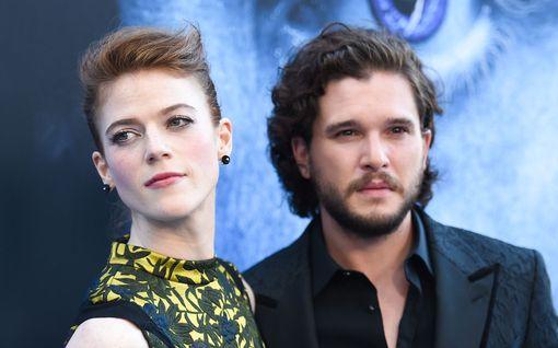 Game of Thrones -pariskunta odottaa lasta