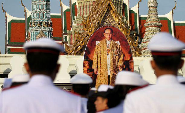 Thaimaan valtaistuimella vuodesta 1946 istunut Bhumibol Adulyadej eli kuningas Rama IX menehtyi viime vuonna pitkällisen sairauden uuvuttamana.