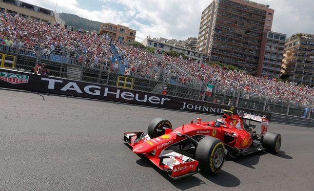 Ferrarin Kimi Räikkönen vauhdissa Monacossa viime sunnuntaina.