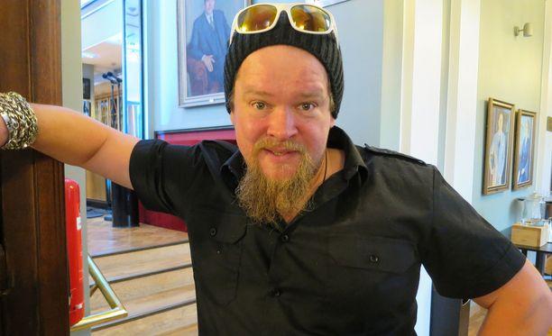 Ville Haapasalo vierailee Tampereella.